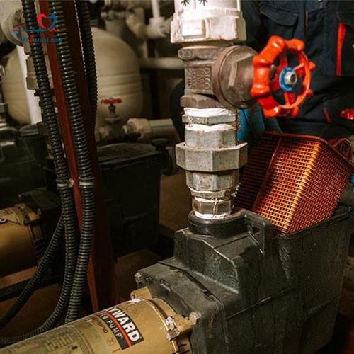 تعمیر پمپ آب موتورخانه